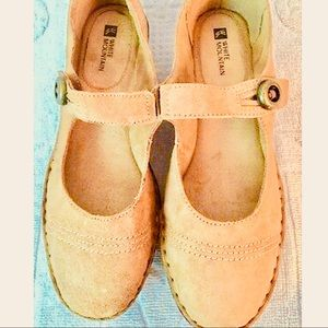 NEW Cute Tan Suede Comfortable Arch Support Shoes